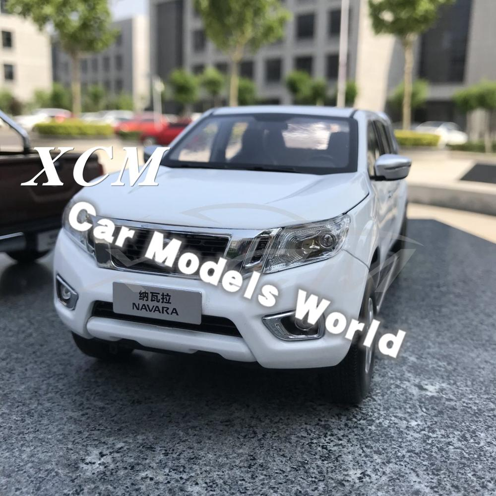 Diecast Car Model for Navara Pickup 1 18 White SMALL GIFT
