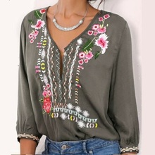 5Colors Plus Size Women Blouses V-Neck Loose Embroidered Flower Retro Style Button Seven Point Sleeve Casual Tops Summer Clothes