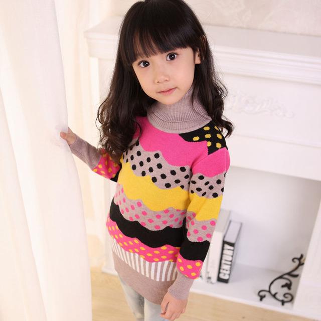 Suéteres de los niños del desgaste de los niños 2015 muchachas del otoño de moda suéter largo render ropa superior sin forro de rayas de cuello alto