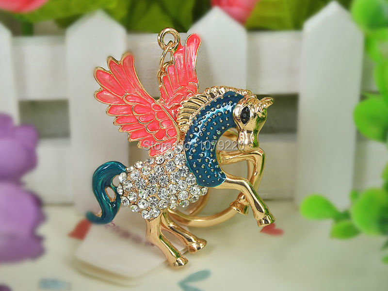 Pegasus Wing Horse Steed Rings Keyring Fashion Jewelry Women Bag Crystal Rhinestone Charm Pendant KeyChain Gift Moda 2015
