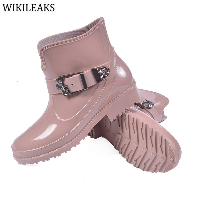 New 2017 Spring Shoes Women Flat Heel Soft Rubber Martin Rain Boots Fashion Women's Boots Brand Ankle Woman Shoes Botas Mujer women s voile color matching off breast lace bordered bow tie leopard pattern alluring baby doll