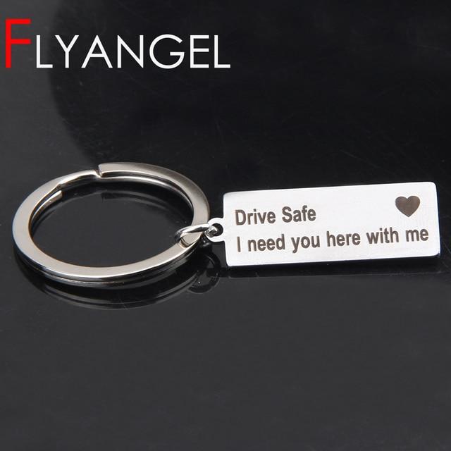 Gravada Chaveiro Drive Seguro QUE EU Preciso de Ti Aqui Comigo Chaveiro Casais Presente Namorada Namorado Novo Driver Corrente Chave