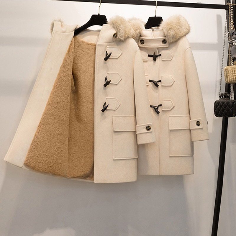 New Warm Woolen Jacket For Winter 2018 Long Hooded Horn Button Wide-waisted Beige Coat Casual China (mainland) Winter Coat Women
