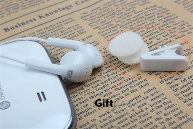 Hot XIAOMI Phone Earphone Bass Earphone Headset For XiaoMI M2 M3 Samsung iPhone MP3 MP4 With Remote And MIC Retail box