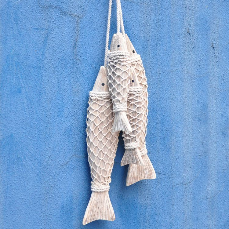 Mediterranean Style Hand Carved Wooden Fish Wall Hengende Wood Fish Ornaments Wall Sculptures For Home Hanging Decor 2pcs / set