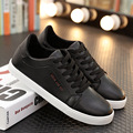 Spring and Autumn new men 's fashion leisure anti - slip black and white lace men' s shoes size 39-44