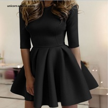 Women dress Fashionable dress Half sleeve dress black and white pure color round lead tight big pleated wave dress Mini dress