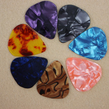 Hot PICKS 20pcs/lot  Newest Retro Emerald Guitar Picks Thickness 0.46mm, 0.71mm 0.96mm Musical Instrument Accessories
