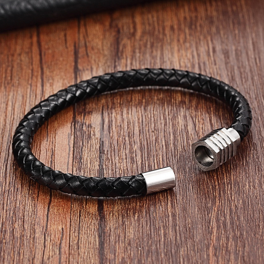 XQNI 2018 New Arrival Simple Design Genuine Leather Bracelet Black/Silver Color 19/21CM Snake Chain Bangle For Men Memorial Gift
