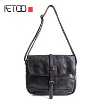 AETOO Pure leather Messenger bag men leather shoulder bag head layer of leather postman package