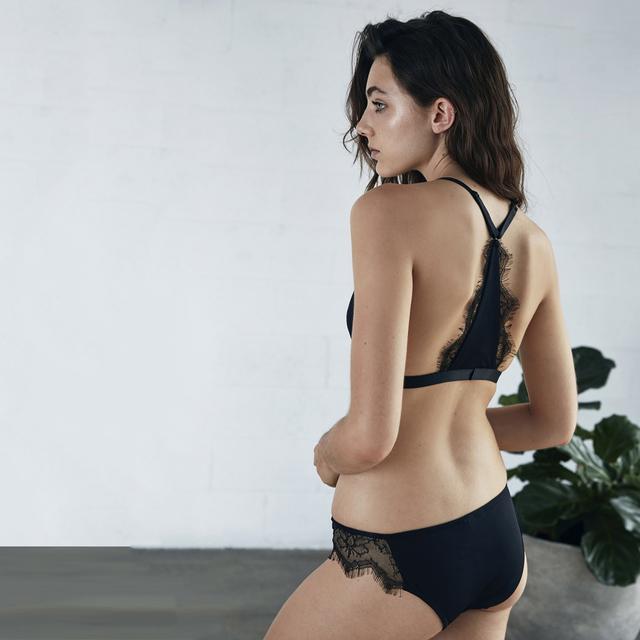 Missomo 2017 New Sexy Solid Color Bralette Women Lace Crochet Patchwork Lingerie Adjustable Straps Wireless Female Bralette