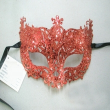 Venetian Masquerade Women Mask Costume Party Face Mask Gold Lace Mask Catwoman Halloween Cutout Prom Party Mask Accessories