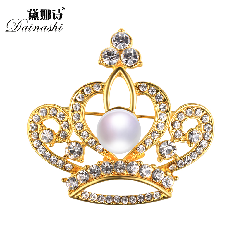 2017 New Queen s Crown Pearl Brooch Pins 45fdef8c6a17
