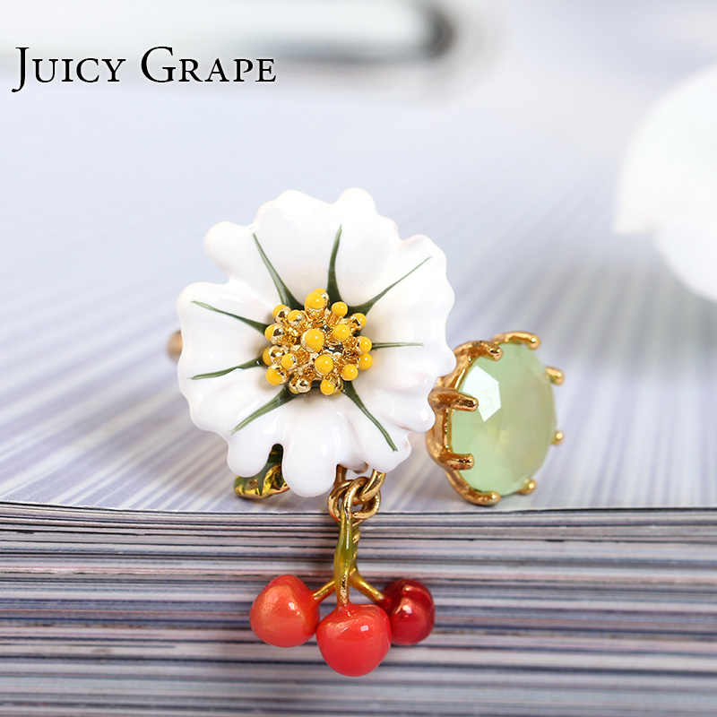 Juicy Grape Hand Painted Enamel เคลือบ Gilded แหวนผู้หญิงสีขาว daisy ดอกไม้ Zircon Cherry เปิดแหวนแหวนแฟชั่นเครื่องประดับ