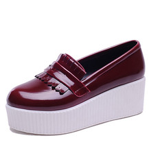 2016 Designer Ladies Platform Shoes For Women Creepers Casual Flats Fashion PU Patent Leather Shoes Round toe Handmade flats