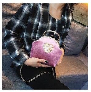 Image 5 - Kadın kadife inci çanta Vintage kadife kalp tasarım akşam çanta düğün gelin debriyaj kadife çanta çanta