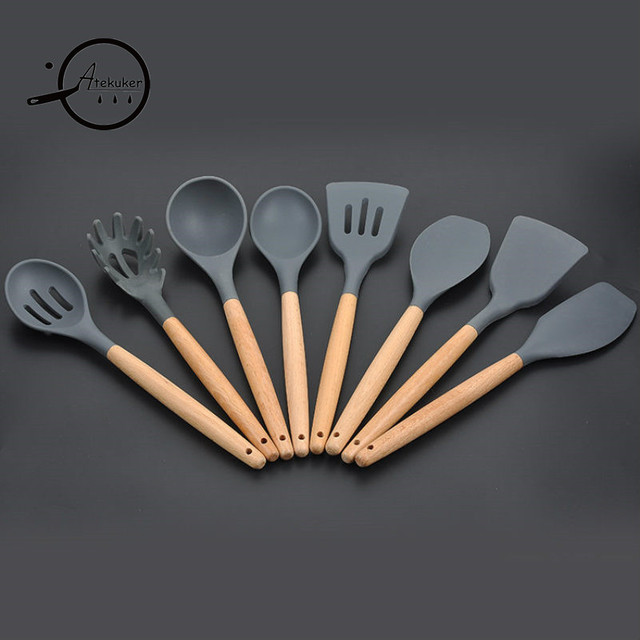 8Pcs/set Kitchenware Wood Handle Silicone Cooking Utensils Set For Kitchen  Slotted Turner Spatula Spoon