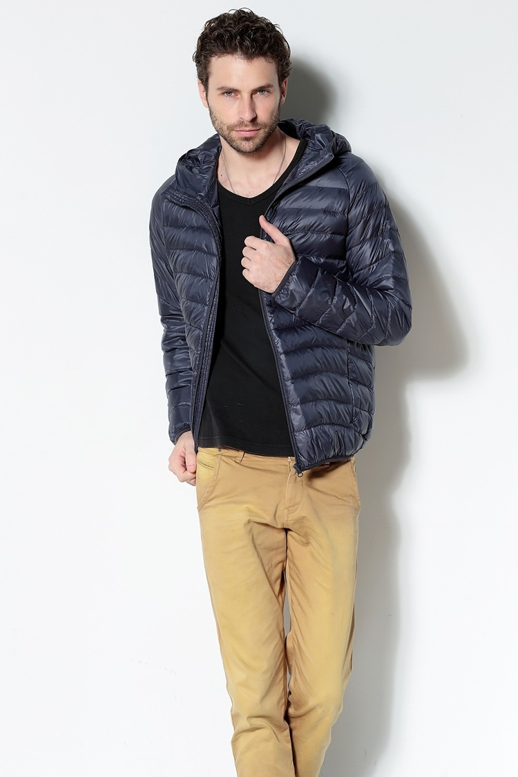 Men White Duck Down Jacket 2020 New Portable Hooded Down Coat Ultralight Men Winter Coat Warm Thermal Down Parkas 9