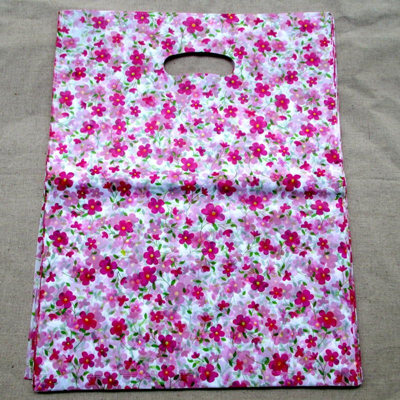 100pcs/bag 20*15cm lot of beautiful little flower designs Gift Bags Plastic Pouches Shopping Gift Package Bag 2039