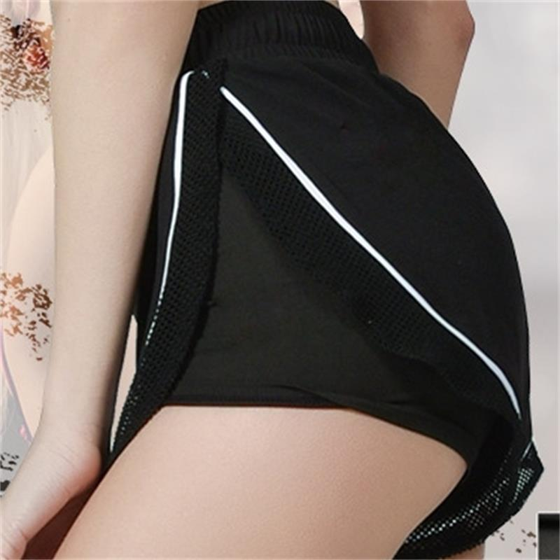 2019 summer new mesh stitching women sports shorts breathable fitness gym workout quick dry shorts athletic workout clothes in Yoga Shorts from Sports Entertainment