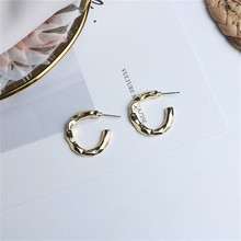 Europe America Hyperbolic Vintage INS Twining Letter C Round Circle Simple Hoop Earrings Fashion Jewelry-LAF