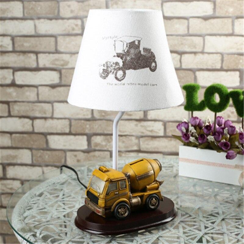 Niedlichen cartoon animation kreative auto kinderzimmer lampe ...
