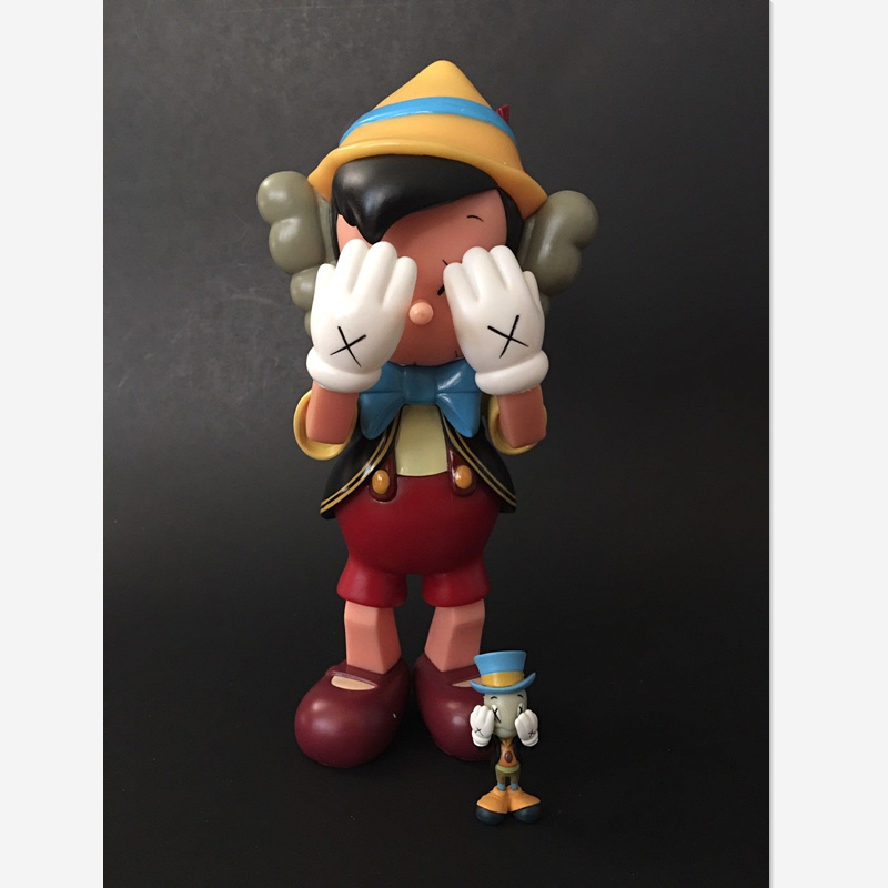 Original Fake KAWS Companion Pinocchio and Jiminy Cricket Standing PVC Action Figure Collection Model Giocattolo G1087 цена