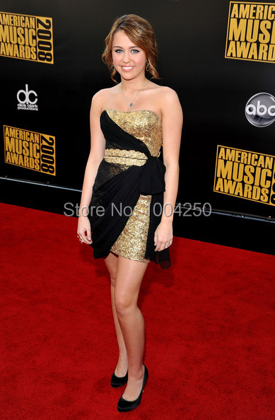 Carpet Miley Cyrus Black   Gold Cocktail Dress Sexy Strapless Off Shoulder Sequined  Short Mini Celebrity cde043bf33dd