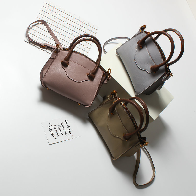 Ladies Solid Casual Crossbody Shoulder Bag Designer Genuine Leather Women Bags Fashion Real Leather Luxury Handbags Women Bags genuine leather bags ladies real leather bags fashion vintage women handbags casual chain shoulder bag female fashion bolsa 2017