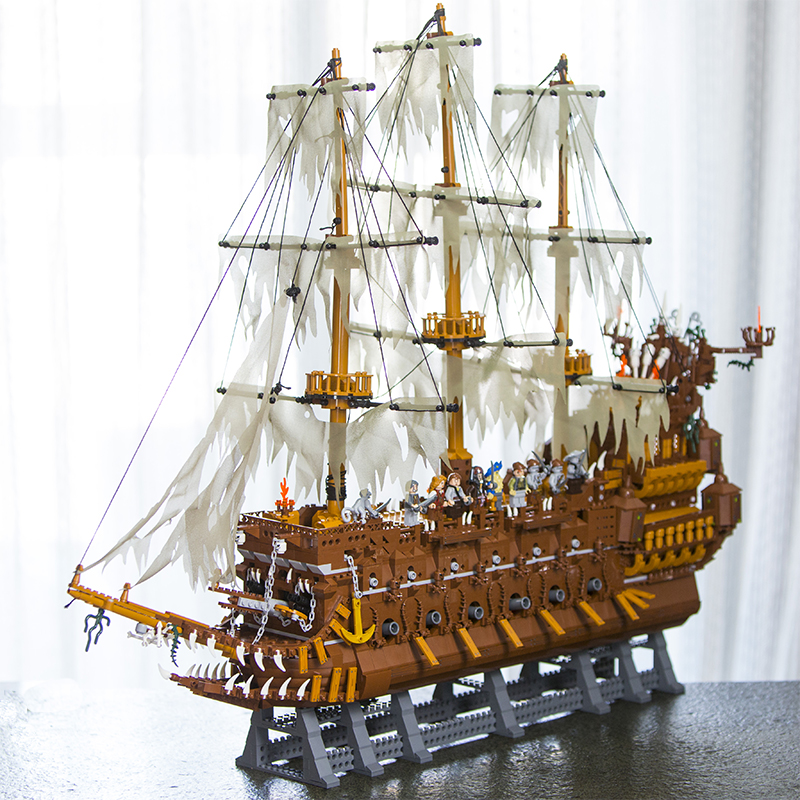 Lepin 16016 Movies Series The Flying Netherlands Dutchman 3652Pcs Pirates of the Caribbean Building Blocks Bricks legoINGy Gifts movies of the 2000s bibliotheca universalis