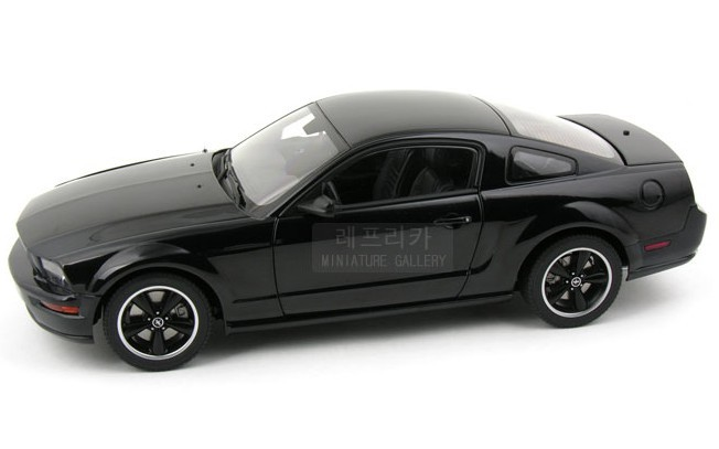 Aotuo aa FORD ford mustang gt bullitt car model