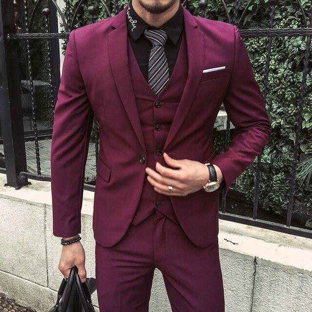 Hombres trajes 2017 púrpura rojo chaquetas de esmoquin novio trajes de boda  para hombre Slim Fit 9a84f7893ab