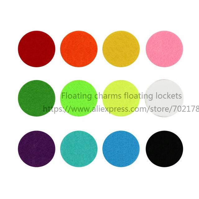 20 piezas almohadillas de fieltro de aromaterapia coloridas de 27,5mm para difusor de aceite esencial de 35mm medallón flotante de color al azar