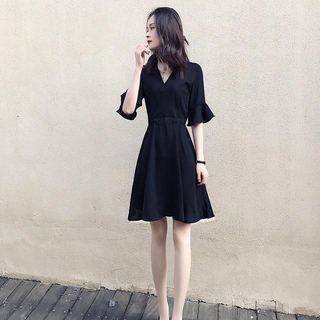 e226c95c4 Vestido negro 2018 primavera y verano nuevo estilo de ropa de mujer versión  coreana larga delgada
