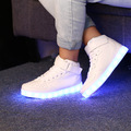 2017 luminoso LED Light Up Zapatos Lumineuse Schoenen S0tansmith schuhe Chaussures Femme Adultos Parejas Zapatos Ocasionales de Los Hombres