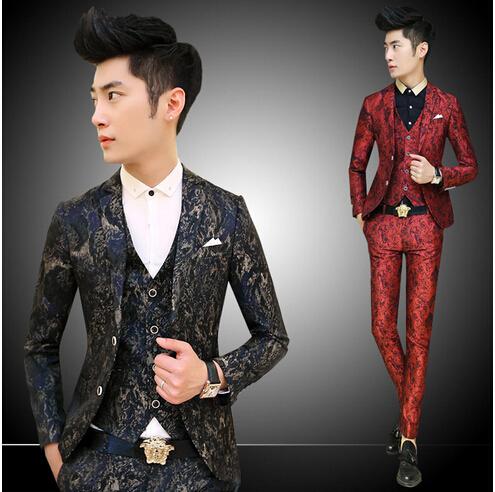 La boda del Mens rojo de lujo Vintrage barroco impresión Floral trajes para hombre con Pant impreso traje de chaqueta para hombre de la boda del partido