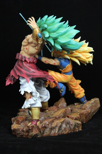 Dragon Ball Z 35cm Super Saiyan 3 Son Guko VS Brolly Broli