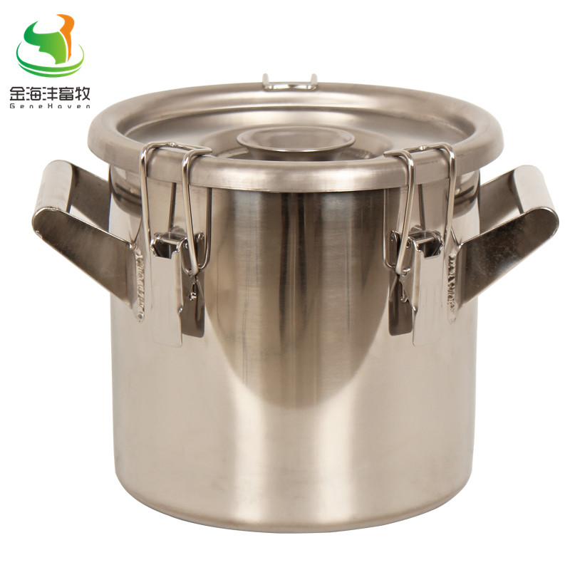 Straight barrel type Stainless Steel Material Milk Bucket with 6 L Capacity for Dairy Farm