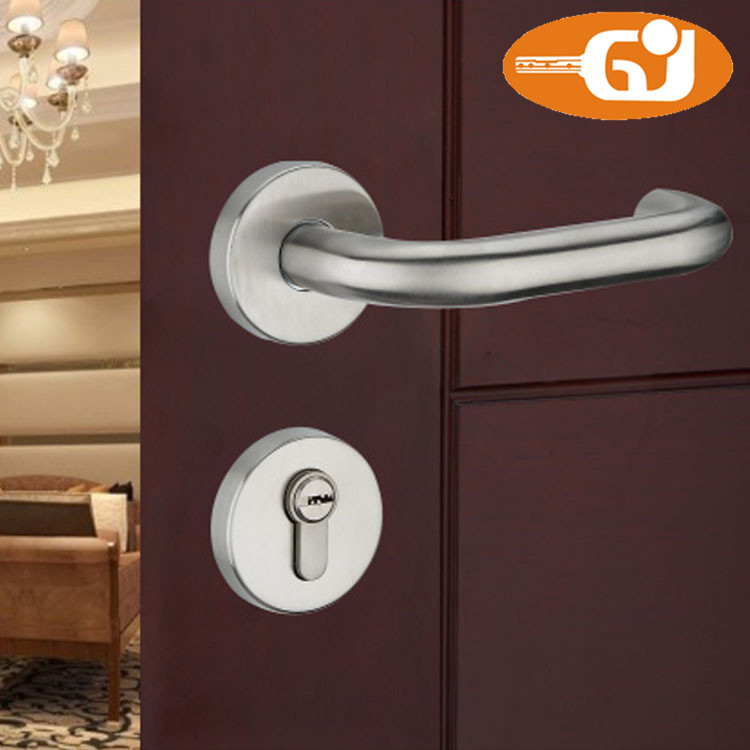 Stainless Steel Lever Door Handle Lock On Rose For