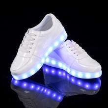 2017 nueva primavera de cuero a prueba de agua de carga usb niños led zapatos de Los Muchachos y niñas niño iluminan zapatos zapatos para niños ligh led
