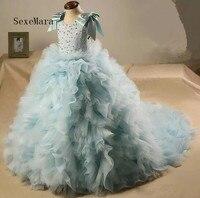 Потрясающие Ruffled Платье в цветочек для девочек для свадеб Jewel шеи бальное платье Дети Праздничное платье развертки Поезд причастия
