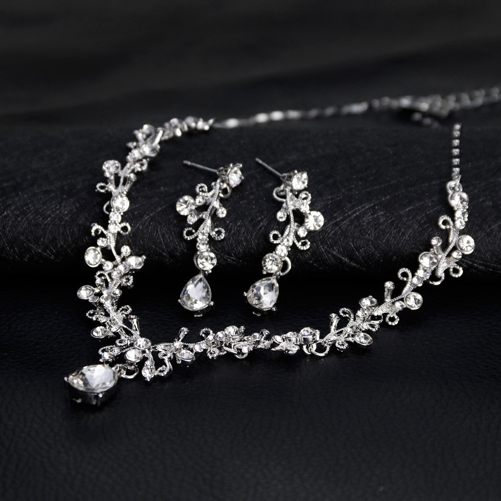 Alloy Rhinestone Glass...