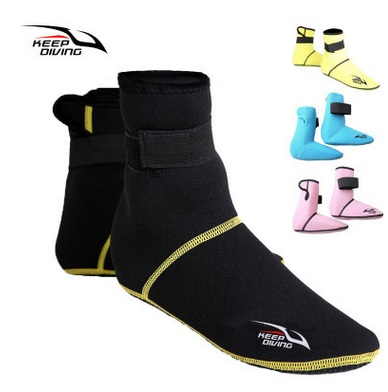 3MM çorape të shkurtra neoprene me plazhe të pasakta jo të rrëshqitshme Bizmet e zhytjes antiskidale Këpucët e zhytura në fund snorkeling Forapet e notit Këpucët me rrobe
