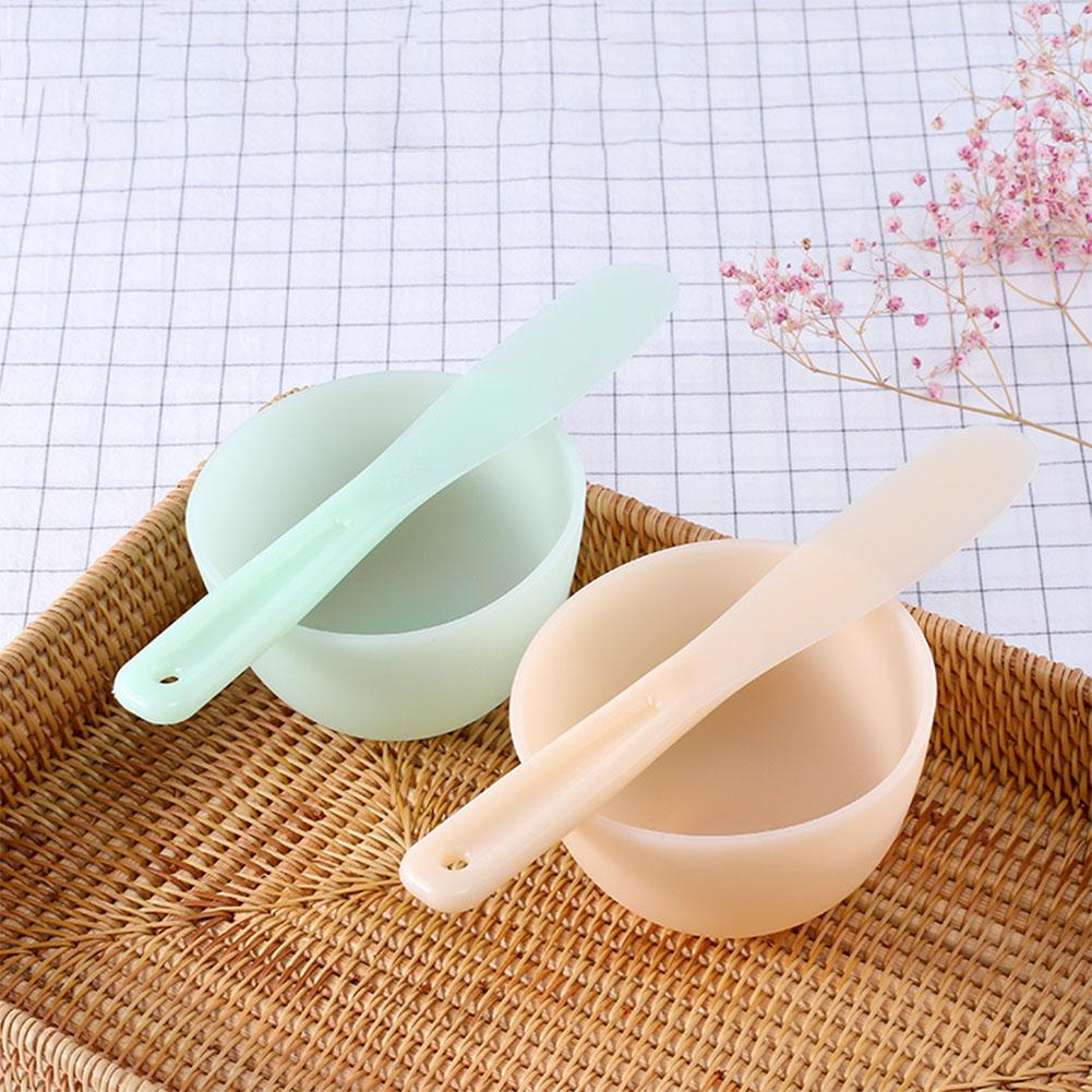 HobbyLane DIY Face Mask Spoon Mask Stick Cosmetic Spatula Scoop Beauty Makeup Sticks Mud Mixing Tool Color Random in Eye Shadow Applicator from Beauty Health