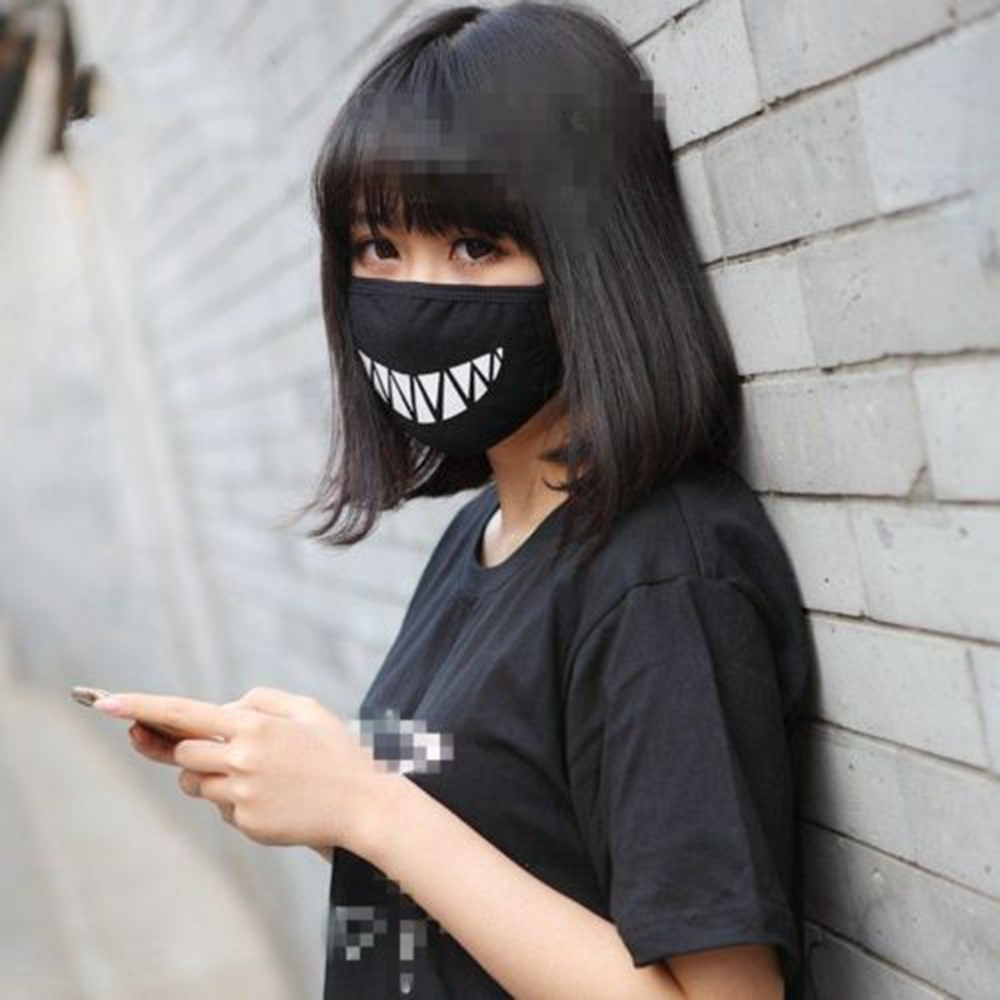 Black Anime Mask Health Cycling Anti-Dust Mouth Face Teeth Design Respirator