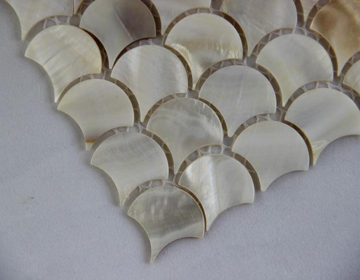Scala di pesci forma a ventaglio shell mosaico madre di piastrelle