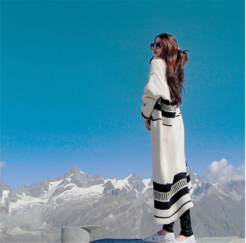 2017 秋冬新女性のファッションゆるいカジュアルなオーバーサイズセーター幾何学ストリップロングカーディガンシックウールニットコート  グループ上の レディース衣服 からの カーディガン の中 1