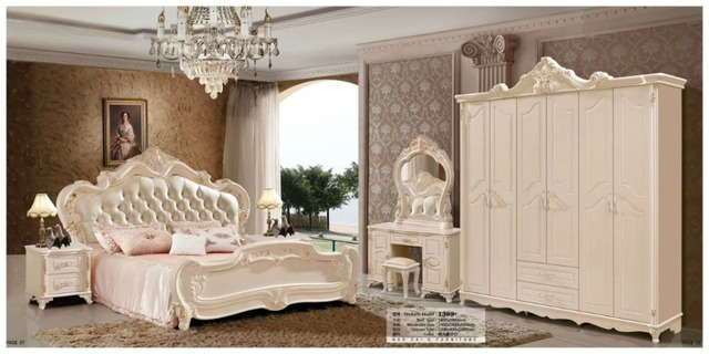 Modern European Solid Wood Bed Fashion Carved Leather French Bedroom Set Furniture King Size Hc0096