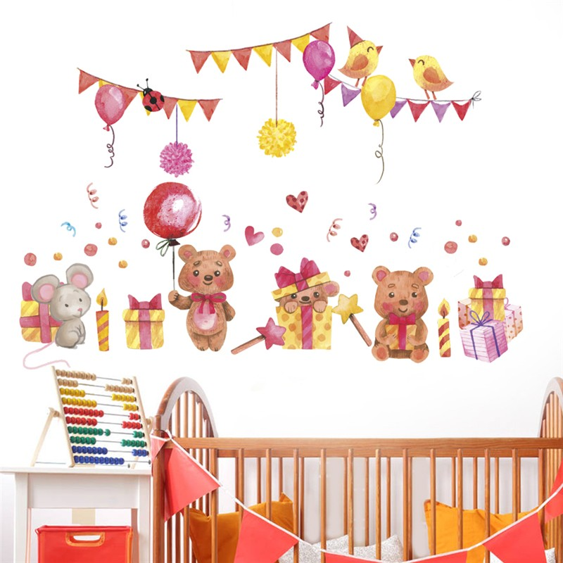 Lovely Bear Ballon Flag Wall Stickers For Kids Rooms Home Decor Cartoon Animals Wall Decals Diy Poster Pvc Mural Art Decorations