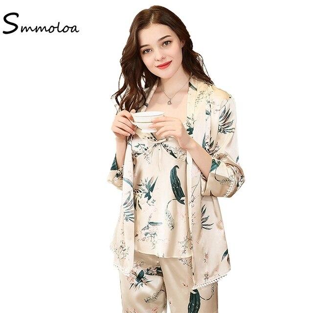Smmoloa Lady Silk Satin Pajamas Women Sexy 3 Pieces Pajamas Set Sleepwear  Print Satin Nightwear Autumn c1f23f5f0